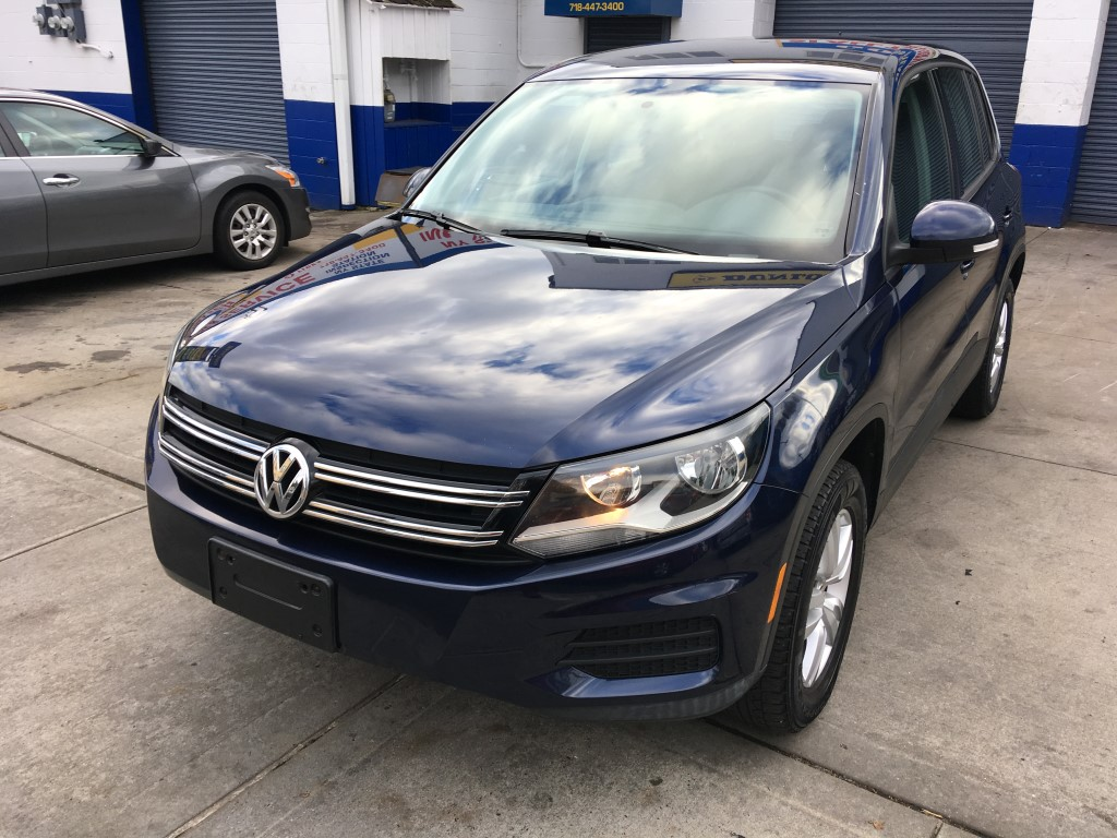 Used Car - 2012 Volkswagen Tiguan S for Sale in Staten Island, NY
