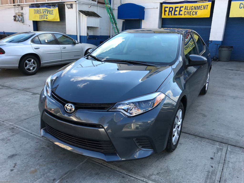 Used Car - 2016 Toyota Corolla LE for Sale in Staten Island, NY