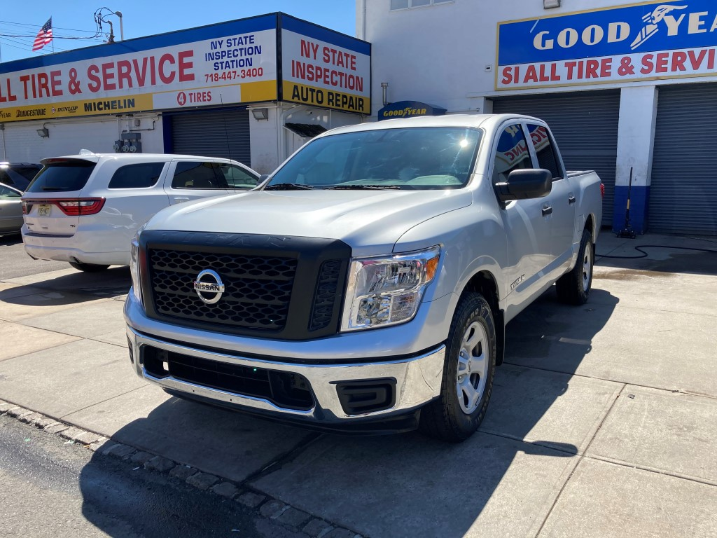 Used Car - 2018 Nissan Titan S 4x4 Crew Cab for Sale in Staten Island, NY