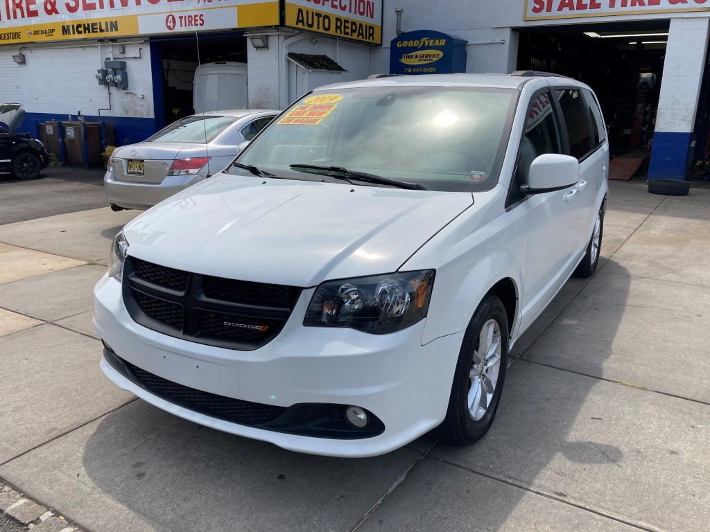 Used Car - 2019 Dodge Grand Caravan SXT for Sale in Staten Island, NY