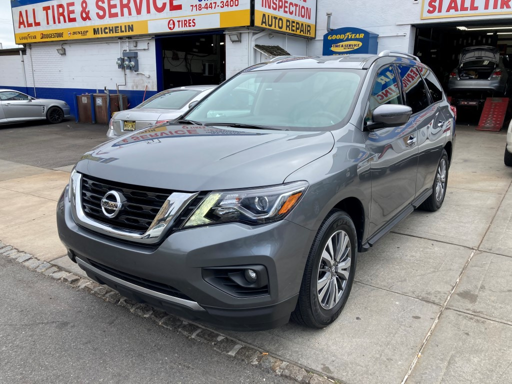 Used Car - 2020 Nissan Pathfinder SV for Sale in Staten Island, NY
