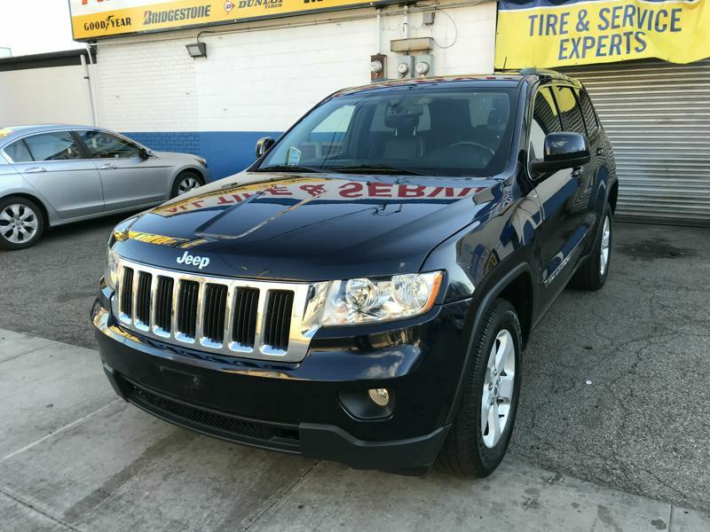 Used Car - 2011 Jeep Grand Cherokee Laredo for Sale in Staten Island, NY