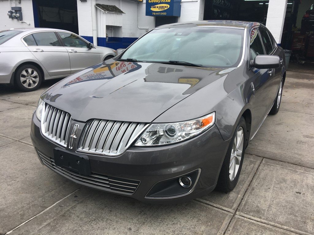 Used Car - 2011 Lincoln MKS for Sale in Staten Island, NY