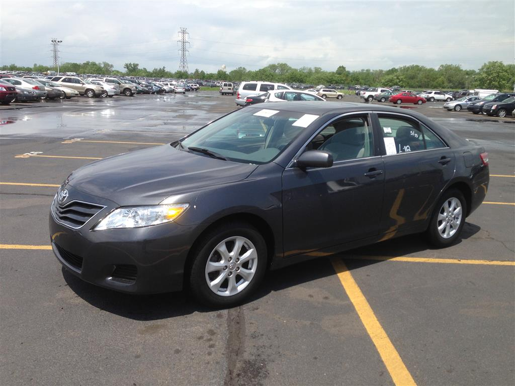offers used car for sale 2011 toyota camry sedan 13 in staten. Black Bedroom Furniture Sets. Home Design Ideas