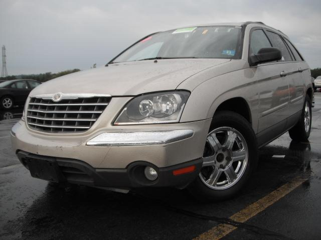 used 2004 chrysler pacifica grand touring awd sport utility 7. Black Bedroom Furniture Sets. Home Design Ideas