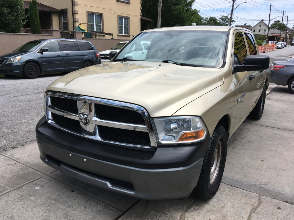Used Car - 2011 RAM 1500 ST Crew Cab for Sale in Staten Island, NY
