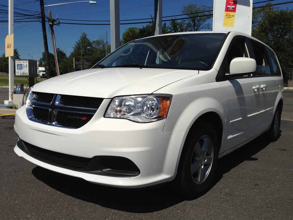 Used Car - 2011 Dodge GRAND CARAVAN  MAINSTREET for Sale in Brooklyn, NY