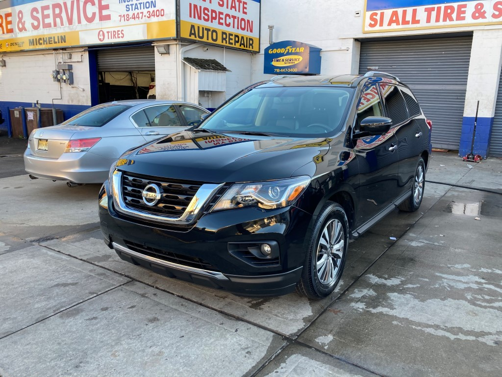 Used Car - 2019 Nissan Pathfinder SL for Sale in Staten Island, NY