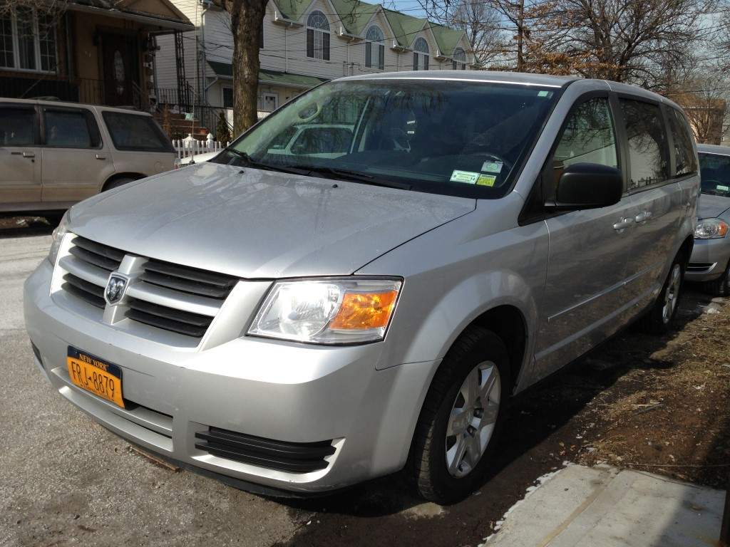 Used Car - 2009 Dodge Grand Caravan SE for Sale in Brooklyn, NY