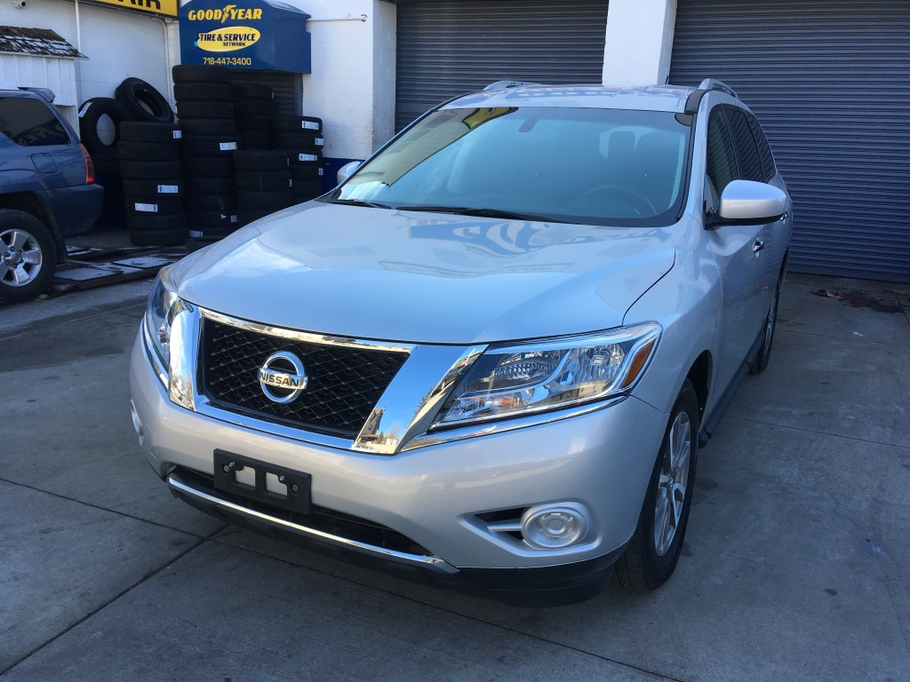 Used Car - 2013 Nissan Pathfinder SV for Sale in Staten Island, NY