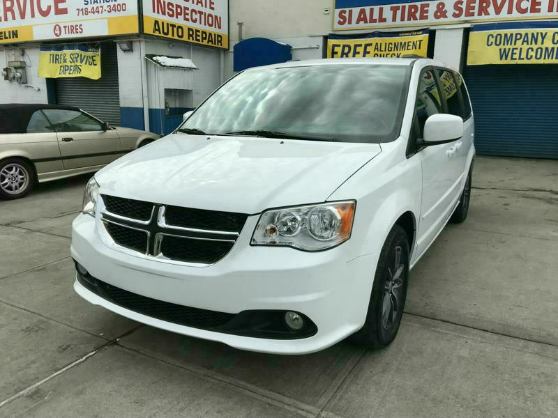 Used Car - 2017 Dodge Grand Caravan SXT for Sale in Staten Island, NY