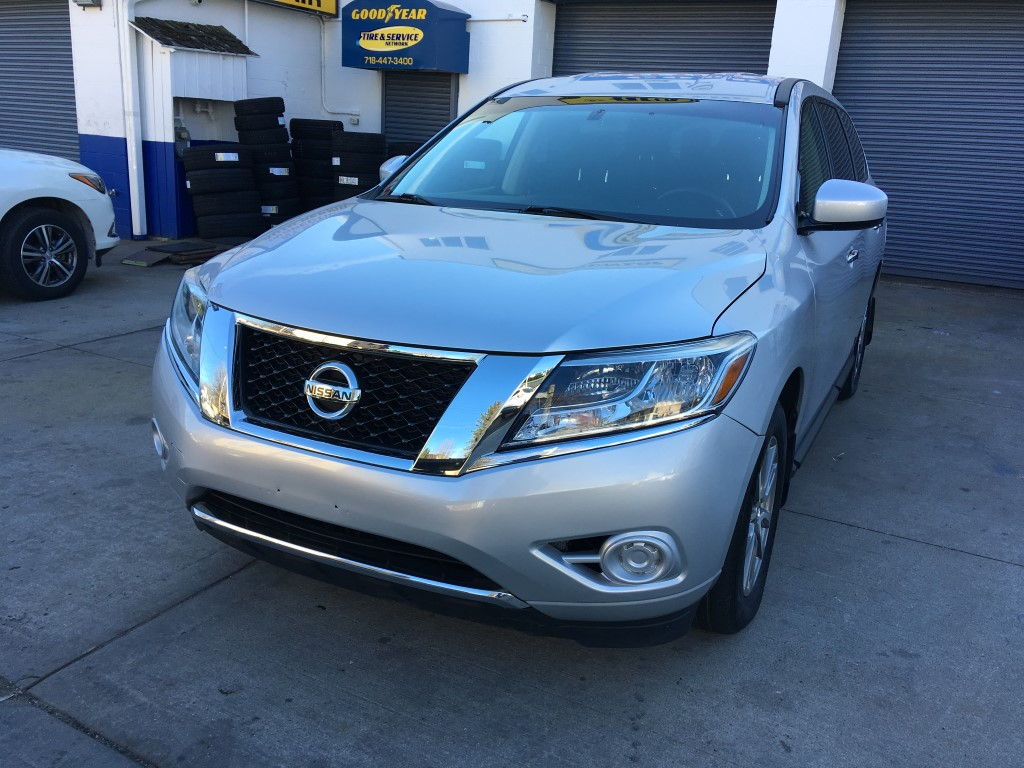 Used Car - 2014 Nissan Pathfinder S 4x4 for Sale in Staten Island, NY