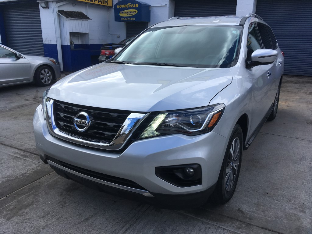 Used Car - 2017 Nissan Pathfinder SV for Sale in Staten Island, NY