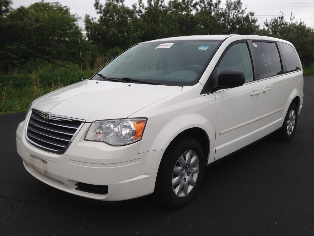 used 2009 chrysler town country lx sports van 7. Black Bedroom Furniture Sets. Home Design Ideas