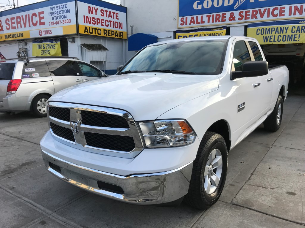 used 2017 ram 1500 slt 4x4 quad cab truck 22. Black Bedroom Furniture Sets. Home Design Ideas