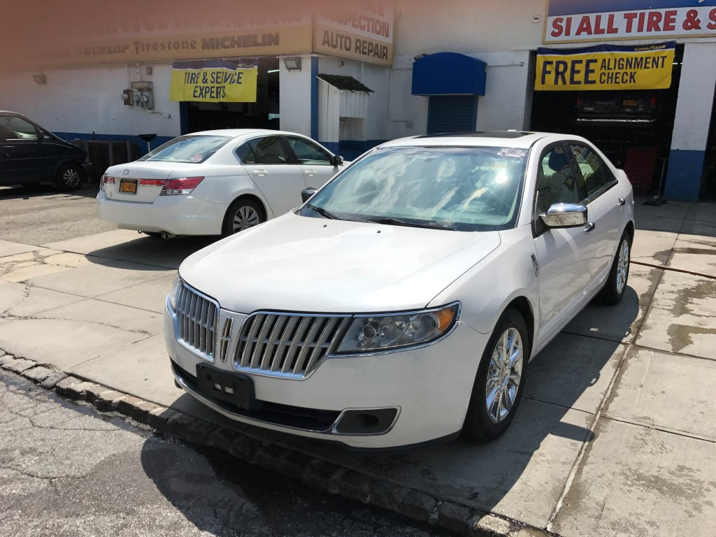 Used Car - 2011 Lincoln MKZ for Sale in Staten Island, NY