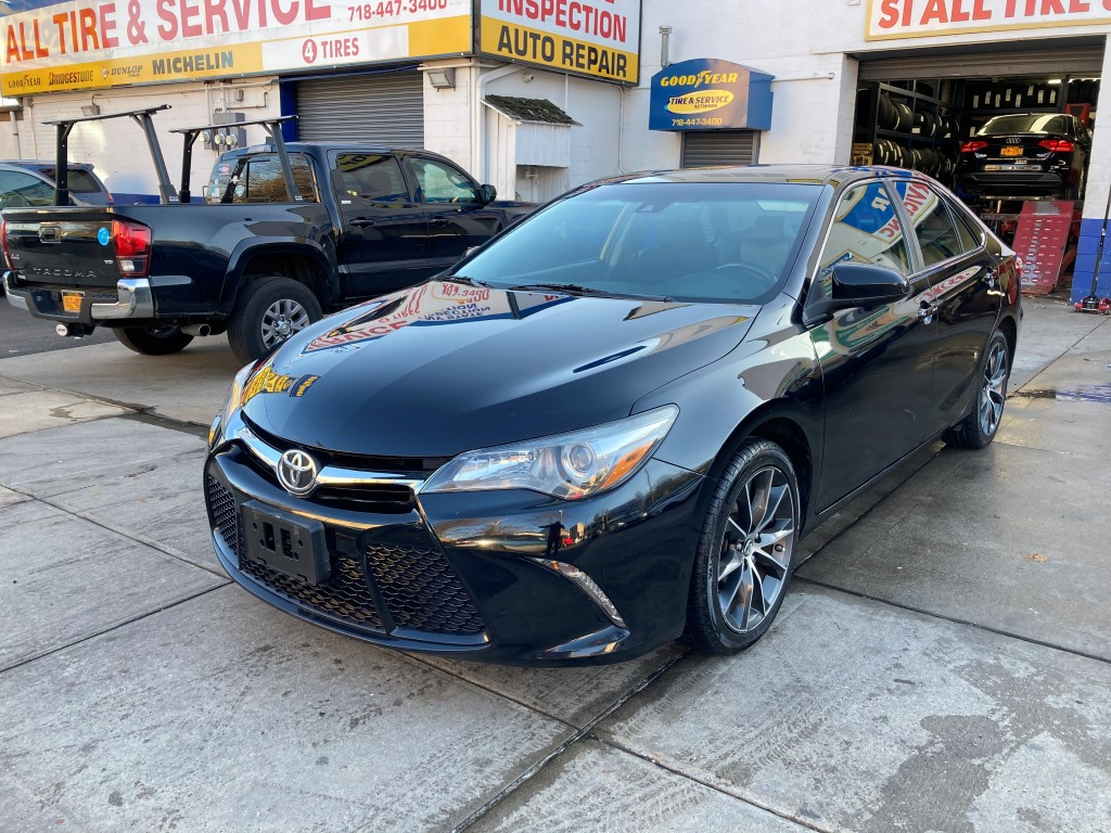 Used Car - 2015 Toyota Camry XSE for Sale in Staten Island, NY