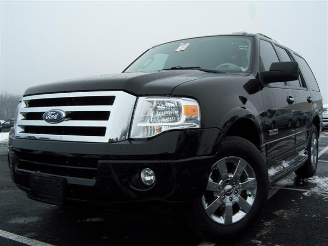 used 2008 ford expedition xlt sport utility 17. Black Bedroom Furniture Sets. Home Design Ideas