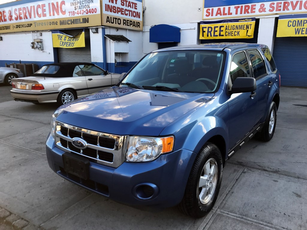 Used Car - 2009 Ford Escape XLS 4WD for Sale in Staten Island, NY