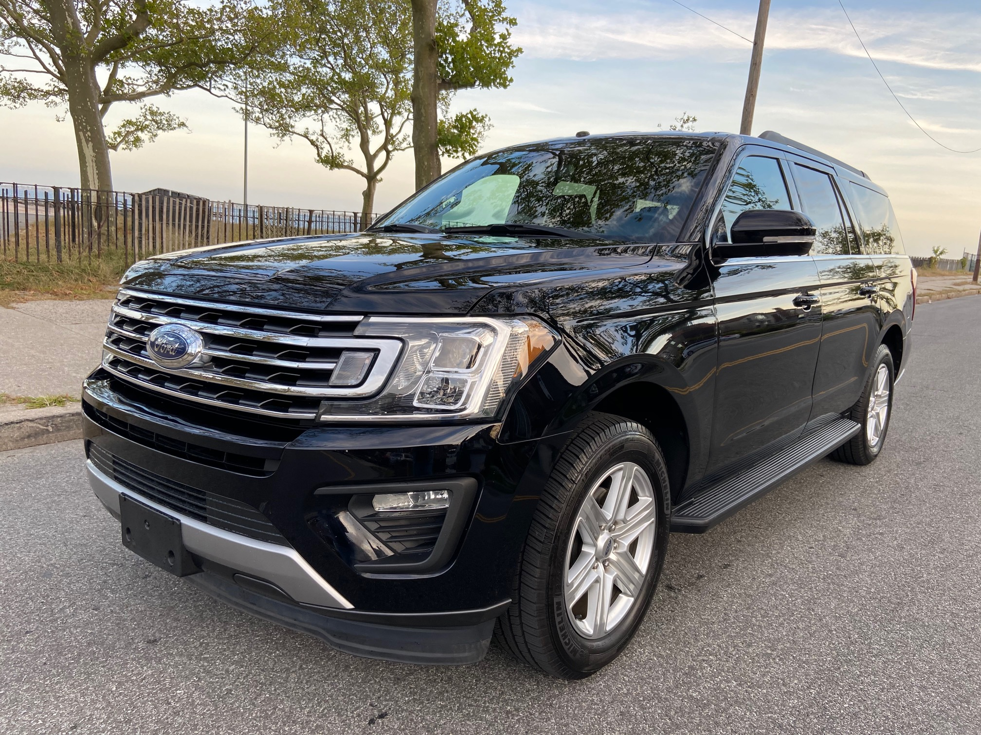 Used Car - 2018 Ford Expedition MAX XLT for Sale in Staten Island, NY