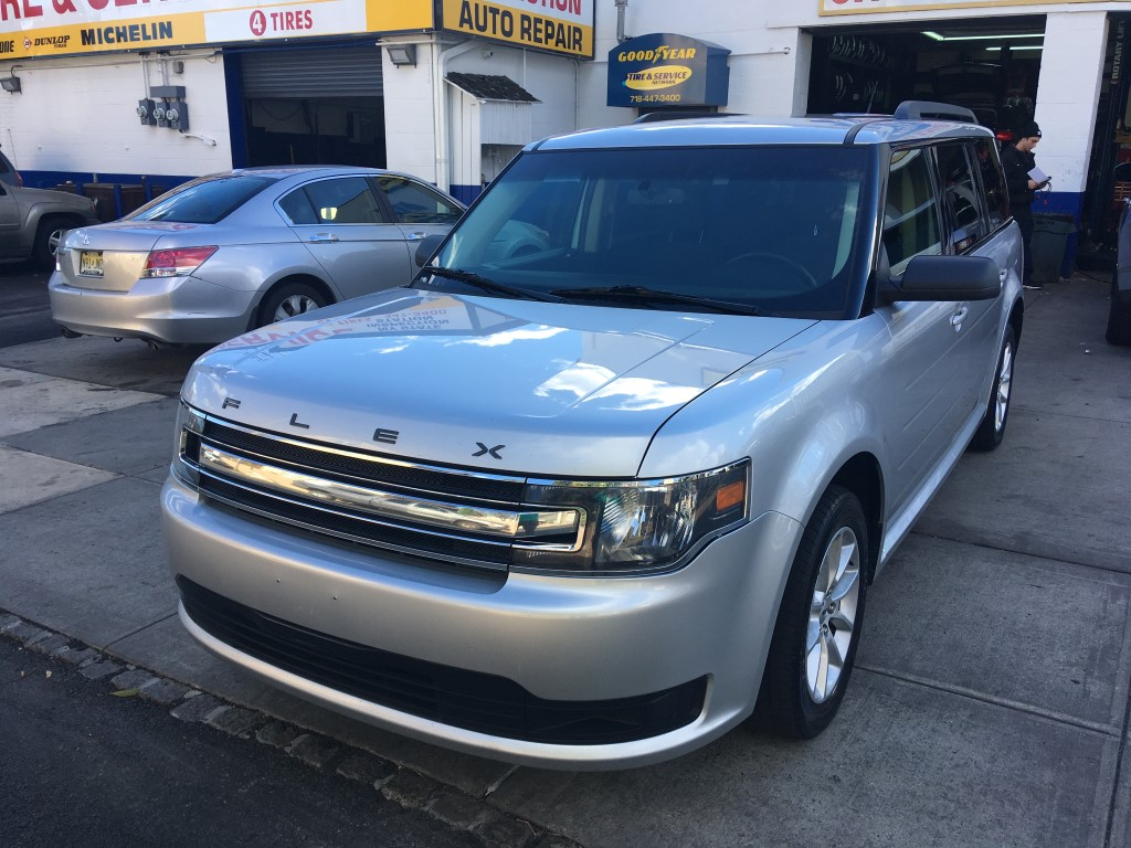 Used Car - 2016 Ford Flex SE for Sale in Staten Island, NY