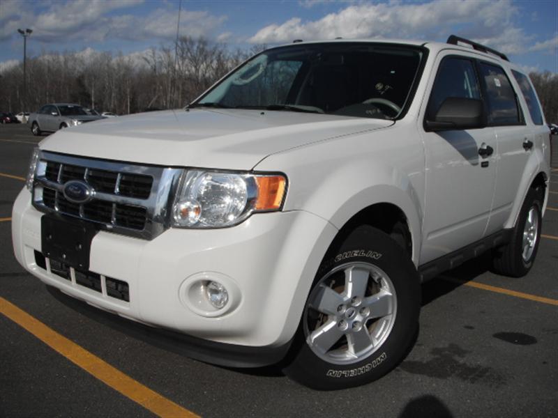offers used car for sale 2009 ford escape xlt sport utility 4wd 10 690. Black Bedroom Furniture Sets. Home Design Ideas