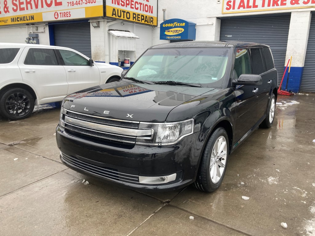 Used Car - 2019 Ford Flex Limited for Sale in Staten Island, NY