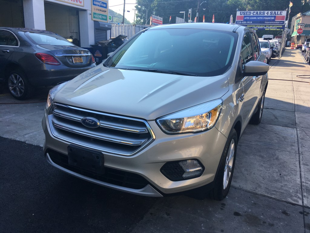 Used Car - 2017 Ford Escape SE for Sale in Staten Island, NY