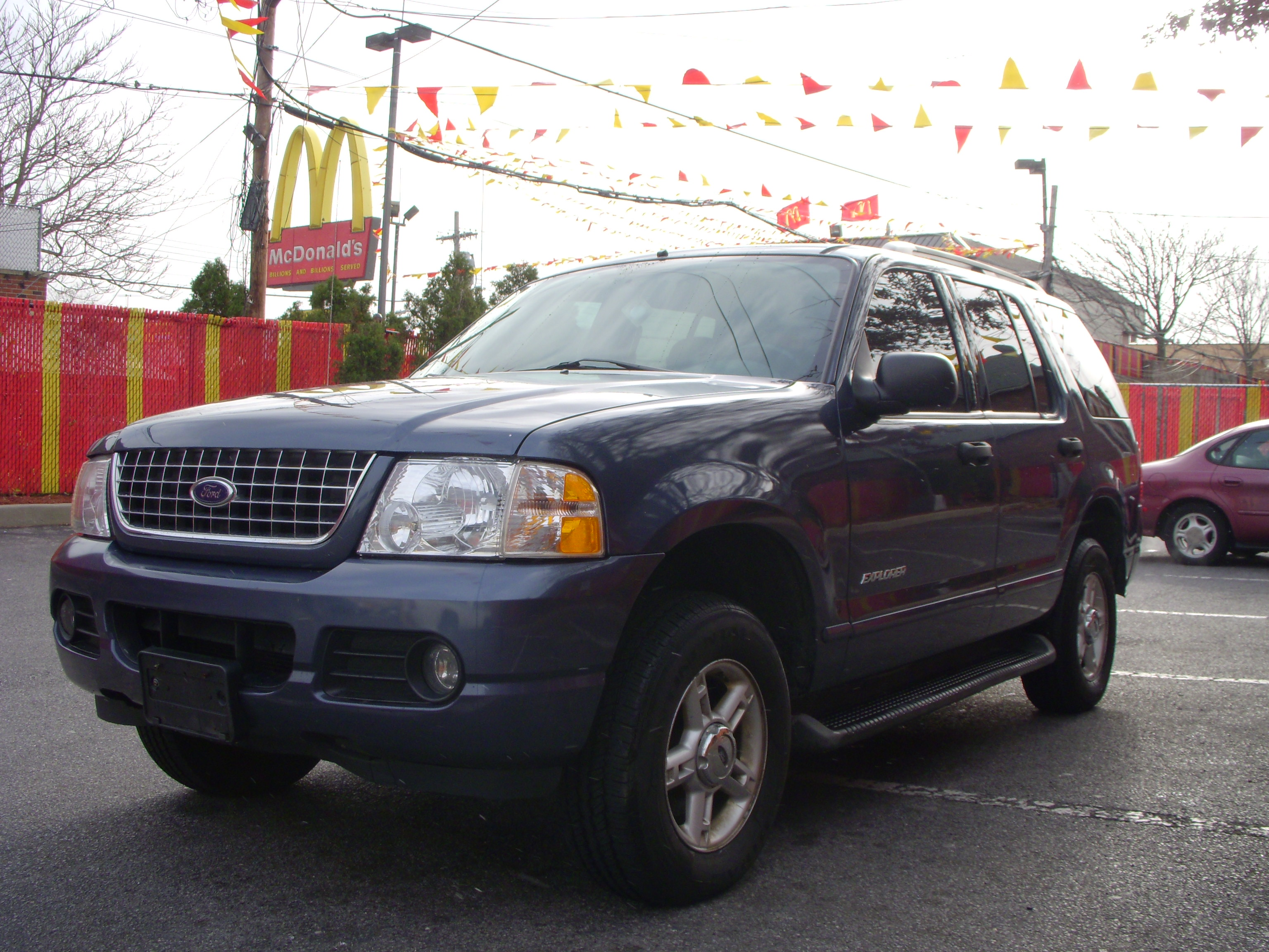 Used - Ford Explorer XLT Sport Utility for sale in Staten Island NY & Used 2004 Ford Explorer XLT Sport Utility $7690.00 markmcfarlin.com