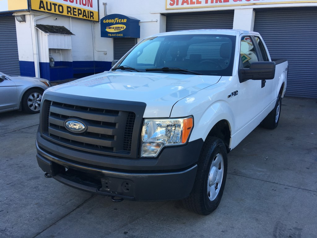 Used Car - 2009 Ford F-150 XL 4x4 SuperCab for Sale in Staten Island, NY