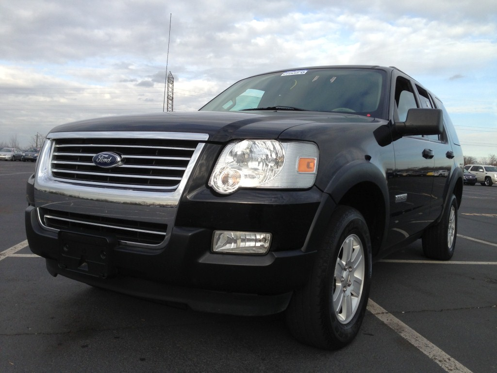 Used Car - 2007 Ford Explorer XLT for Sale in Staten Island, NY