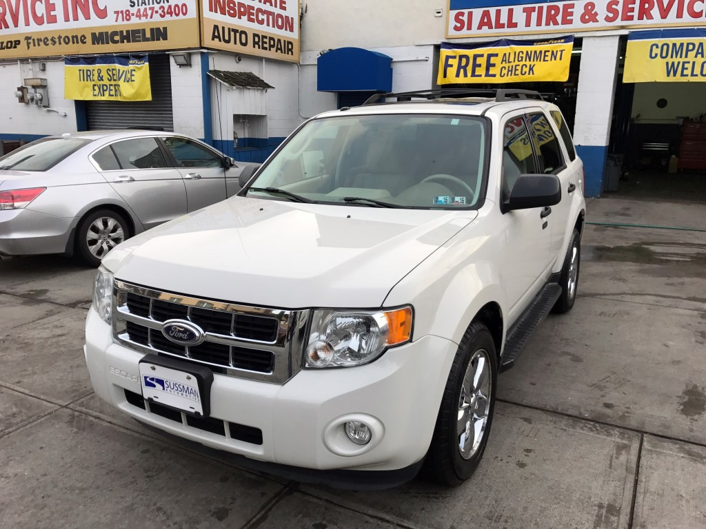 Used Car - 2010 Ford Escape XLT for Sale in Staten Island, NY