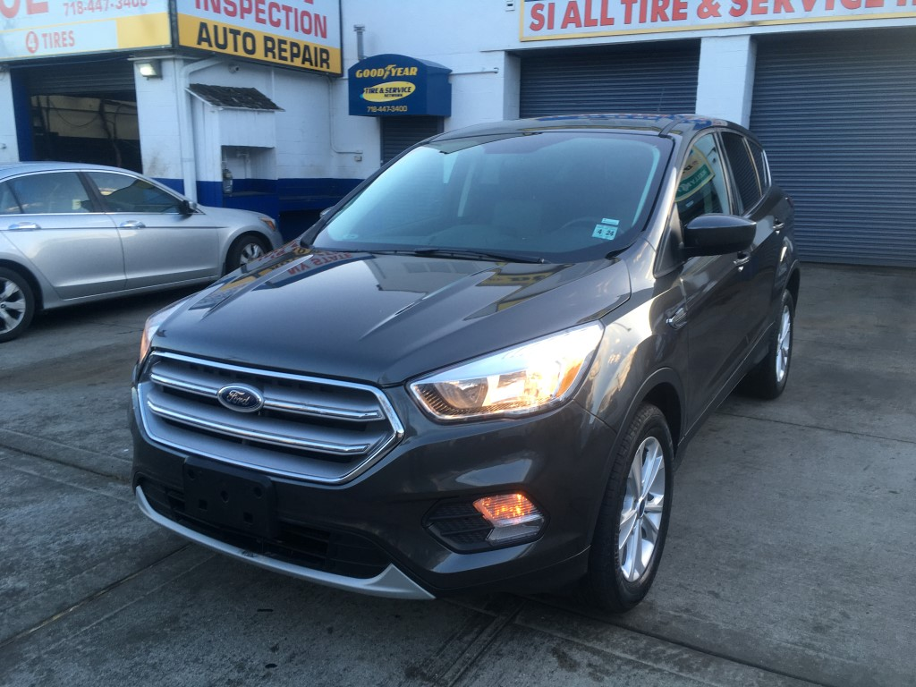 Used Car for sale - 2019 Escape SE AWD Ford  in Staten Island, NY