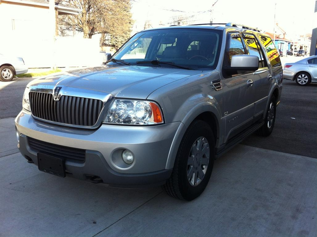 offers used car for sale 2004 lincoln navigator sport utility 8. Black Bedroom Furniture Sets. Home Design Ideas