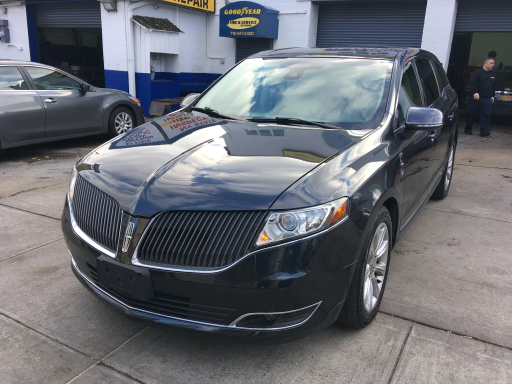 Used Car - 2013 Lincoln MKT EcoBoost AWD for Sale in Staten Island, NY