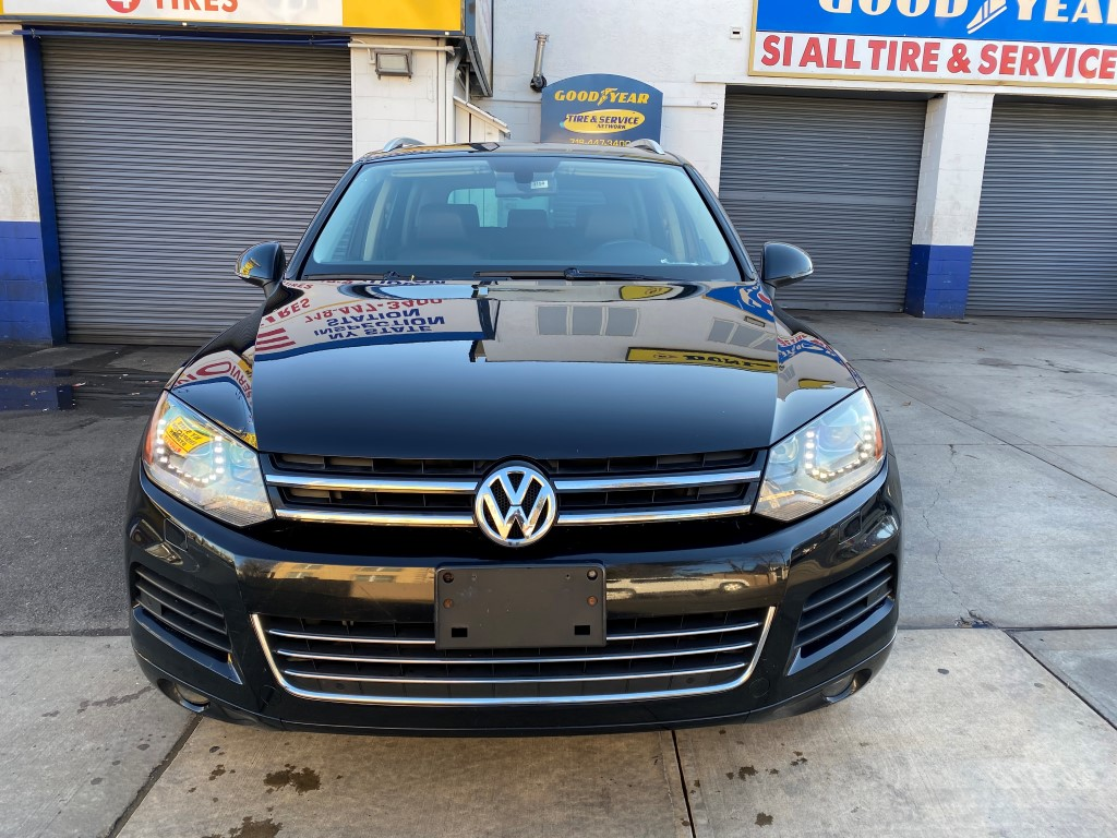 Used - Volkswagen Touareg TDI Sport AWD SUV for sale in Staten Island NY