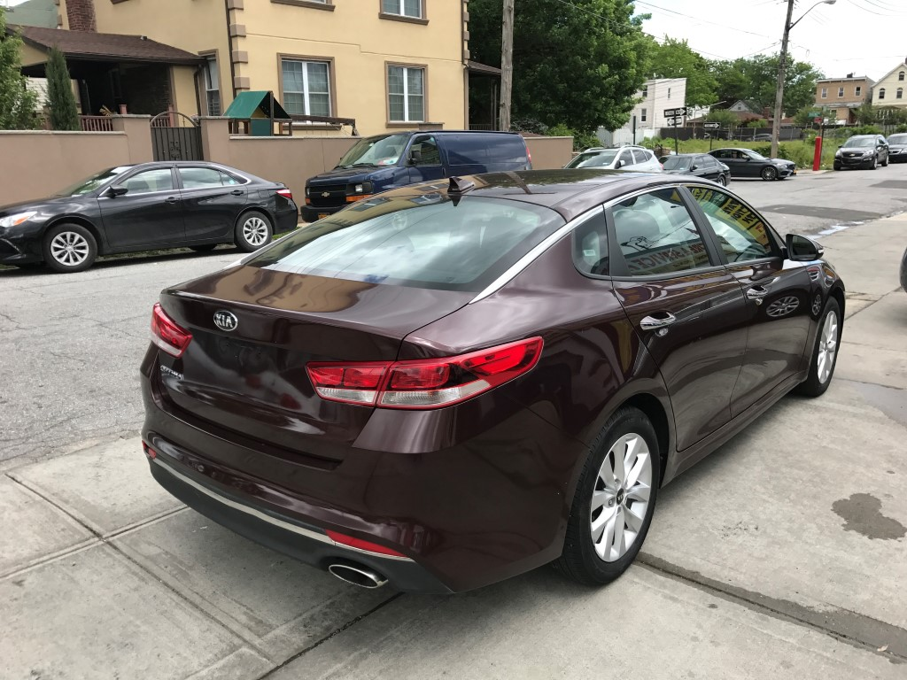 Used 2016 Kia Optima Lx Sedan 12 990 00