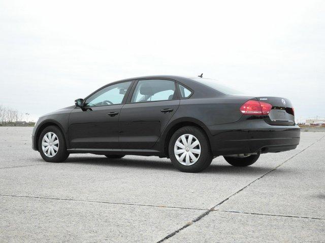 offers used car for sale 2012 volkswagen passat sedan 17 in. Black Bedroom Furniture Sets. Home Design Ideas