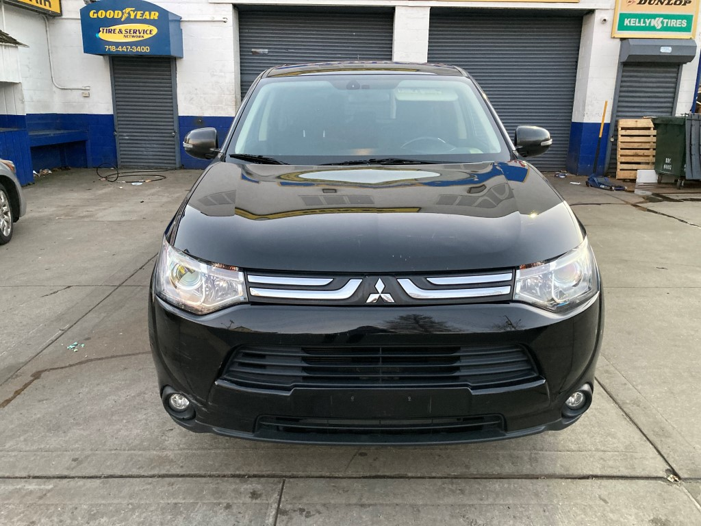 Used - Mitsubishi Outlander GT AWD SUV for sale in Staten Island NY