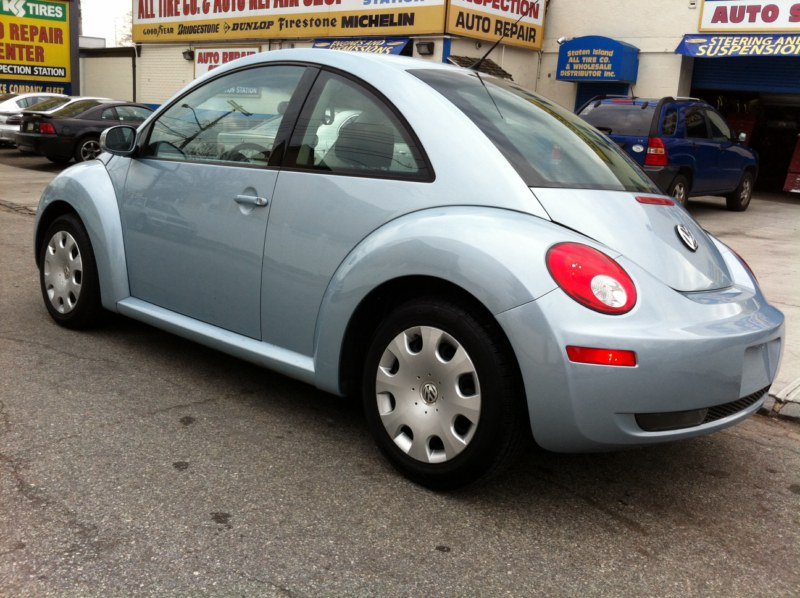 offers used car for sale 2010 volkswagen new beetle coupe 10 in. Black Bedroom Furniture Sets. Home Design Ideas