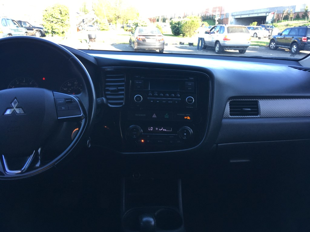 Used - Mitsubishi Outlander ES SUV for sale in Staten Island NY