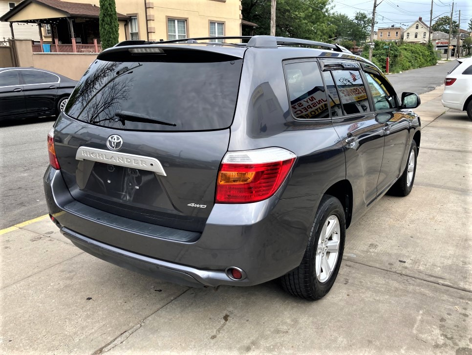 Used - Toyota Highlander SE AWD SUV for sale in Staten Island NY
