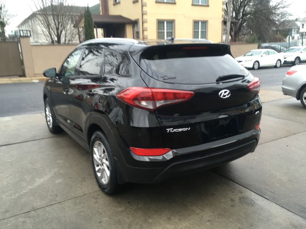 Used - Hyundai Tucson SE AWD SUV for sale in Staten Island NY