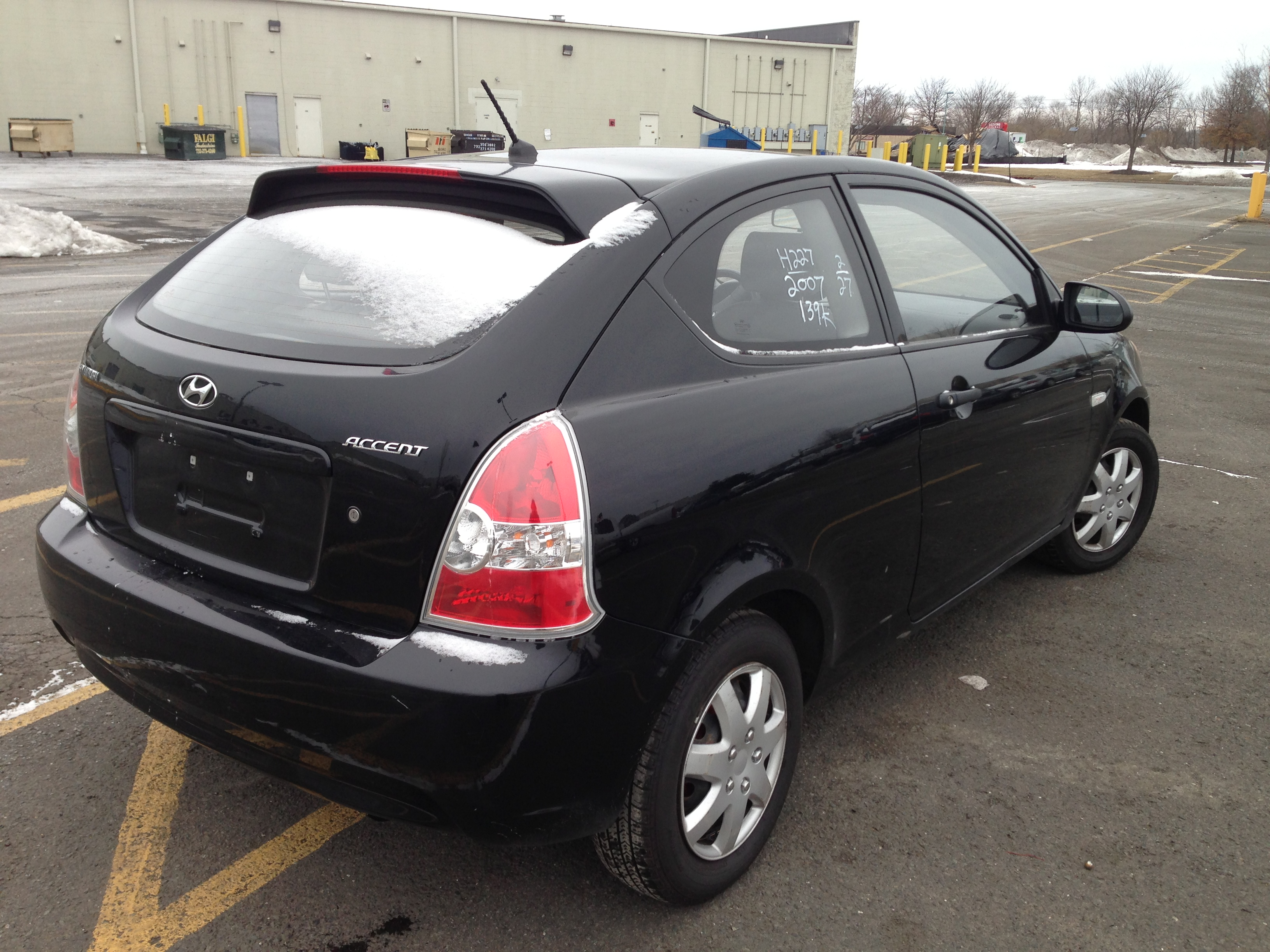 used car for sale 2007 hyundai accent hatchback 4 990. Black Bedroom Furniture Sets. Home Design Ideas