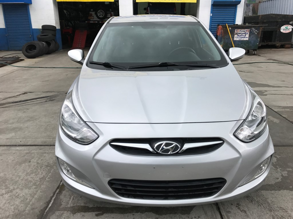 Used - Hyundai Accent SE Hatchback for sale in Staten Island NY