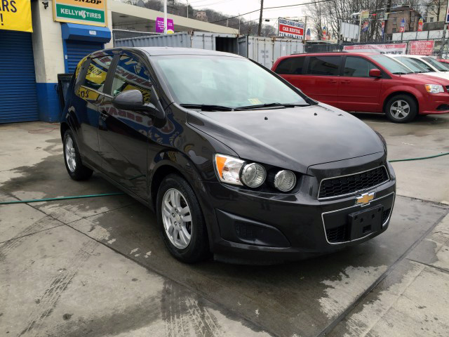 used 2014 chevrolet sonic lt hatchback 10. Black Bedroom Furniture Sets. Home Design Ideas