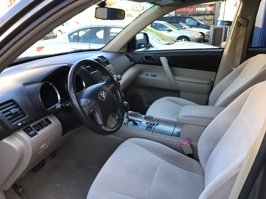 Used - Toyota Highlander SUV for sale in Staten Island NY