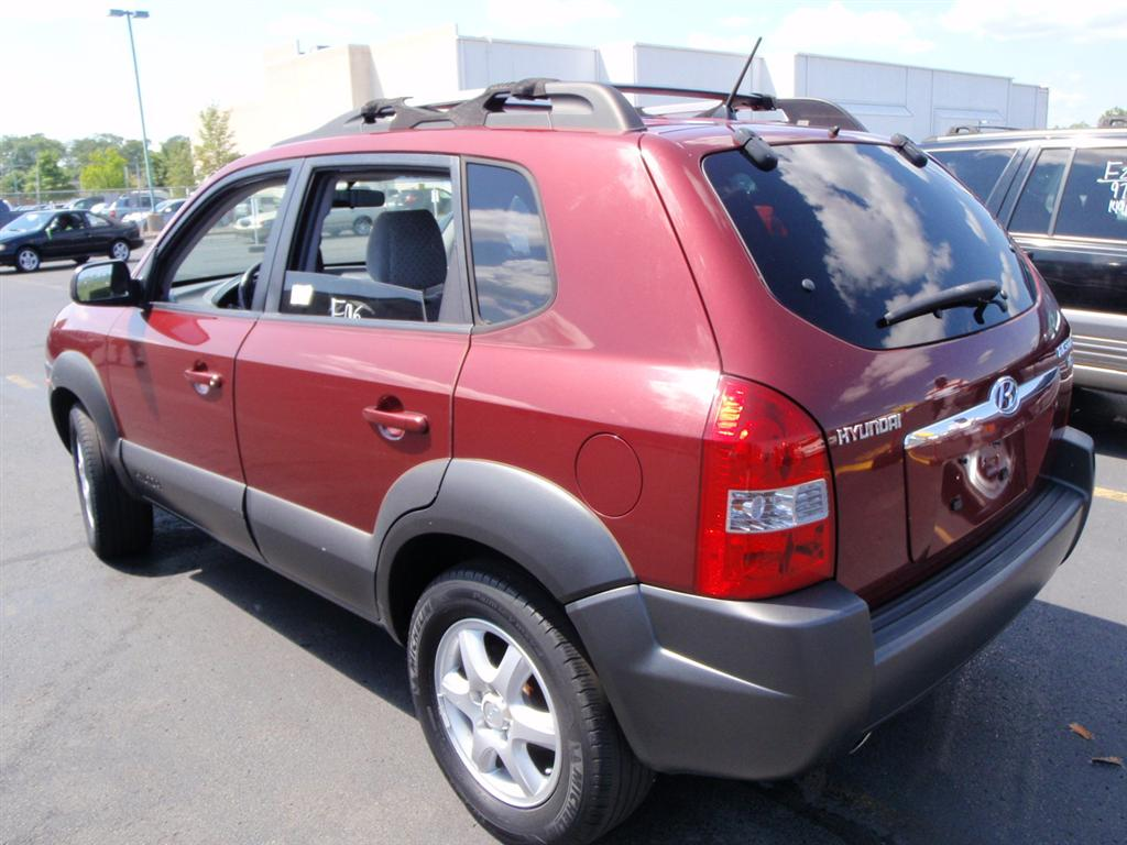 offers used car for sale 2005 hyundai tucson sport utility 7 in. Black Bedroom Furniture Sets. Home Design Ideas