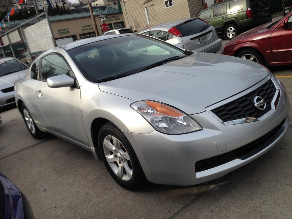 used car for sale 2008 nissan altima coupe 10 in staten island ny. Black Bedroom Furniture Sets. Home Design Ideas