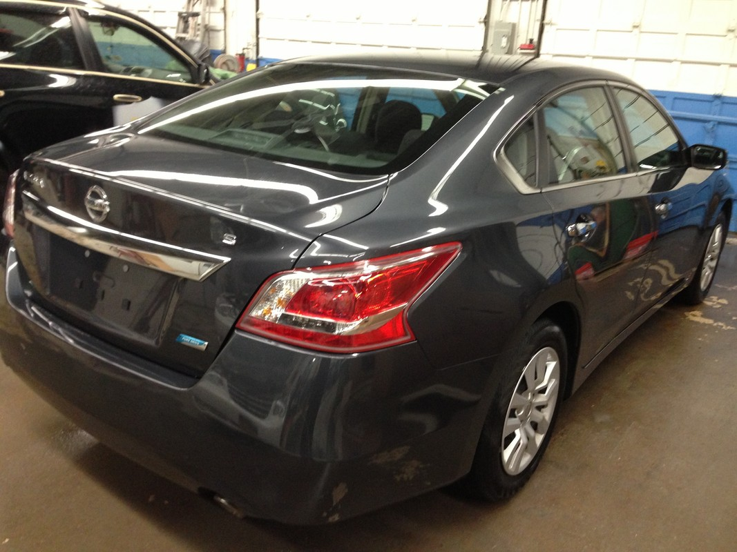 offers used car for sale 2013 nissan altima sedan 14 in staten. Black Bedroom Furniture Sets. Home Design Ideas